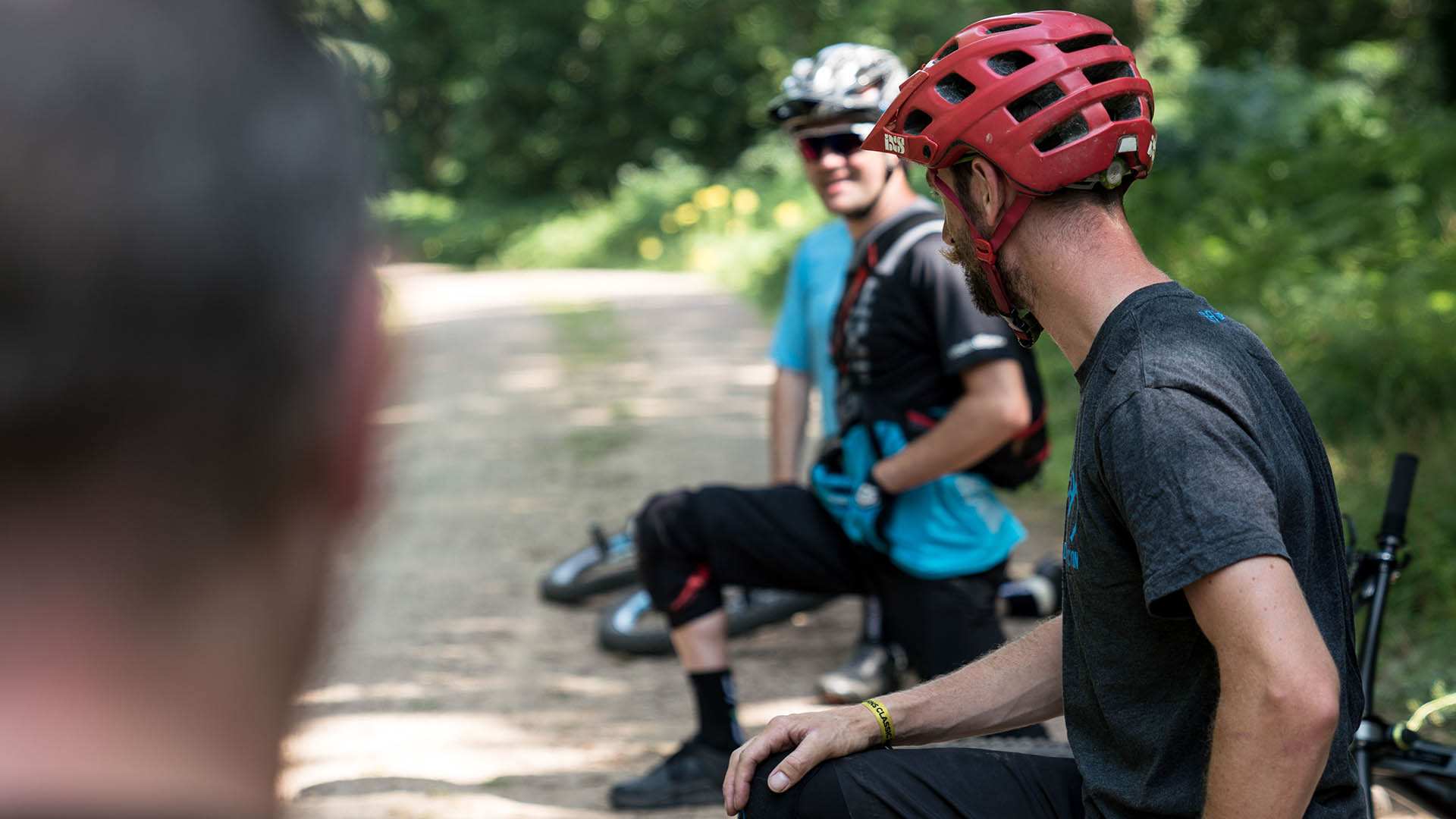 +3 MTB coach Alan Milway shows riders a simple stretch that can alleviate back pain