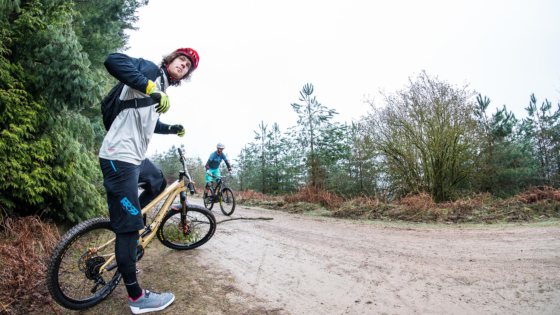 +3 MTB Coach Jay Williamson goes through Bunny Hop technique during a coaching event in the Forest of Dean