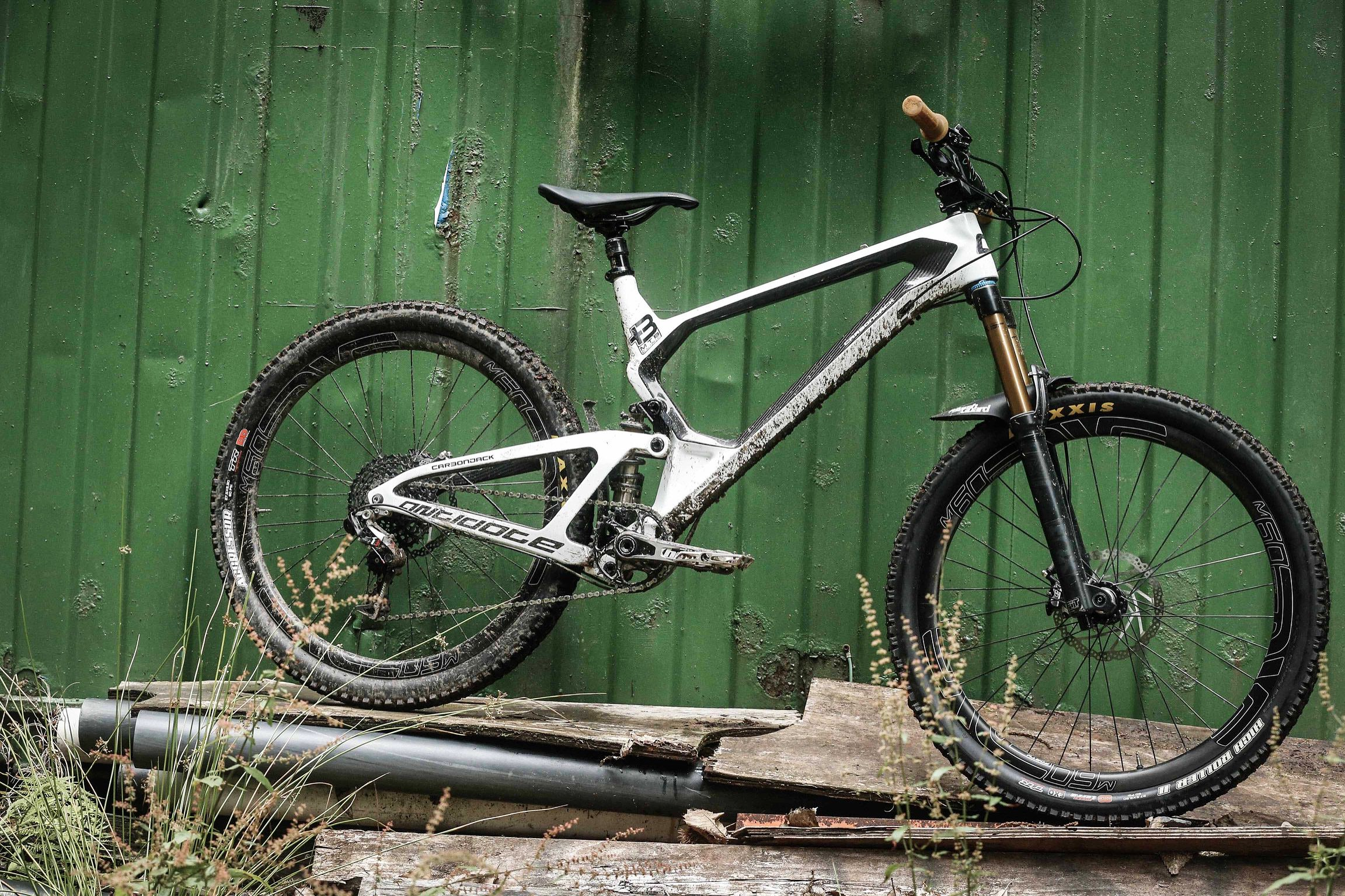 Plus 3 MTB Founder Dave Jaquin's Antidote CarbonJack